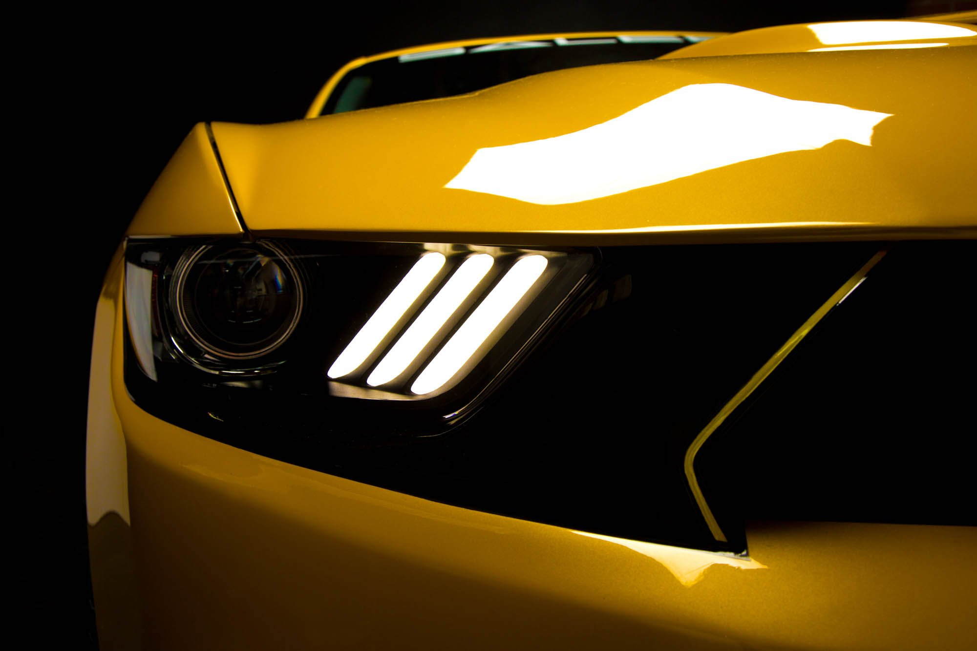 & SALEEN UNVEILS A GAME CHANGER WITH THE 2015 302 BLACK LABEL | Saleen